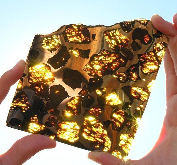 فوکانگ؛ زیباترین شهاب سنگی که تا به حال دیده اید