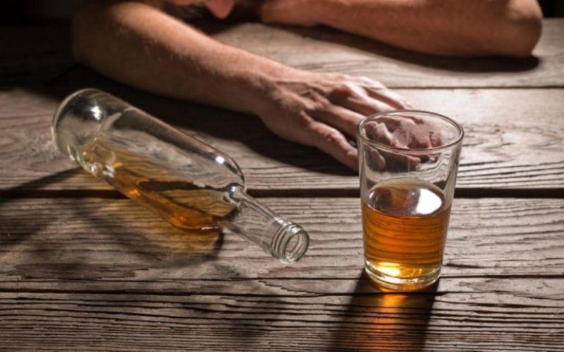 خبرنگاران مصرف الکل جان چهار همدانی را گرفت