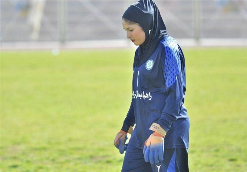 خواجوی: مسابقات لیگ برتر باید تعطیل شود، مذاکره با تیم باشگاهی دیگر حرفه ای نیست